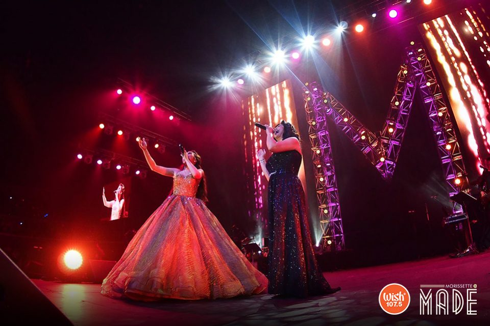 The glorious lights of the stage failed to outshine these two belting queens whose powerful vocals kept the concert night alive. Regine and Morissette stirred the hearts of the audience through their dramatic yet effortless display of majestic melismas, riffs, runs, and trills