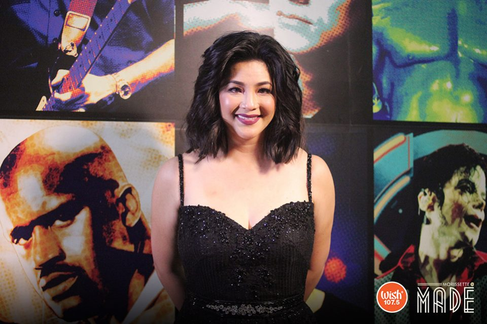 Singer, actress, and TV host, the Asia's Songbird Ms. Regine Velasquez-Alcasid, poses rather shyly as she donned a black dress, her youthful glow complemented by a bright and warm smile. Regine is Morissette's special guest in her first major concert held at the Big Dome.