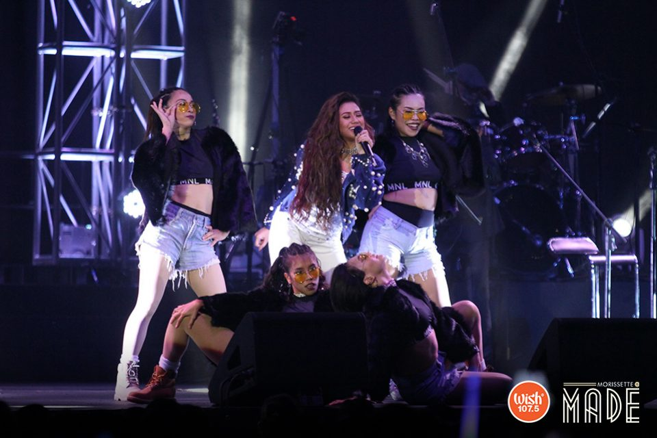 Morissette Amon once again displays another incredible performance and stuns the crowd with an alluring version of herself – here surrounded by her vibrant dancers.
