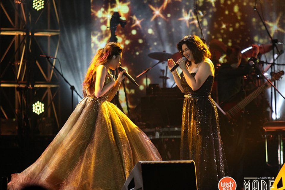 The two queens deliver a superb duet of 'Akin Ka Na Lang' and 'You Are My Song,' leaving the crowd mesmerized by their enchanting voices, and wanting for more.
