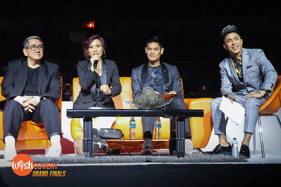 Ms. Annie Quintos Uy gives the audience and fellow Reactors her reaction and thoughts during the deliberation of the Wishful 5's final performance. #WishcoveryGrandFinals — at Smart Araneta Coliseum.