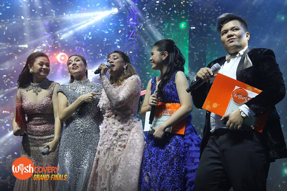Wishful 5 celebrate their victory with Wishcovery's first Grand Champion Princess Sevillena as she launches right into her dream performance. #WishcoveryGrandFinals