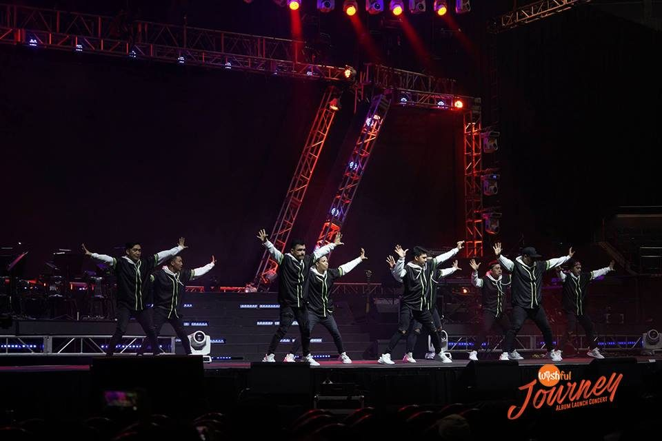 "Members of the performing troupe Mastermind hyped up the crowd with a groovy dance production number, staged right before the Wishful 5 took center stage for their ""Wishful Journey"" Album Launch Concert."