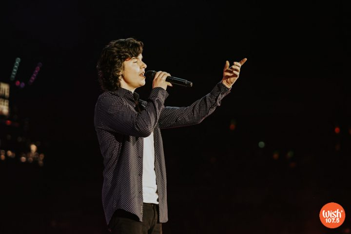 """The Big Dome erupts with cheers as Danish international artist Lukas Graham performed his hit single """"7 Years."""" Released in 2015, the said song shot to popularity with its thought-provoking lyrics and catchy melody."""