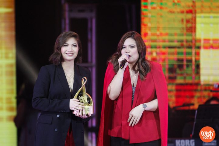"""OPM duo Leanne and Naara celebrates their first-ever WMA win with a heartfelt speech. They won Wishclusive Urban Performance of the Year for """"New York and Back."""""""