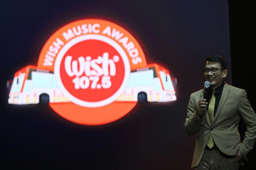 BMPI's CEO and President Kuya Daniel Razon delivers his speech during the 5th Wish Music Awards at the Mall of Asia Arena